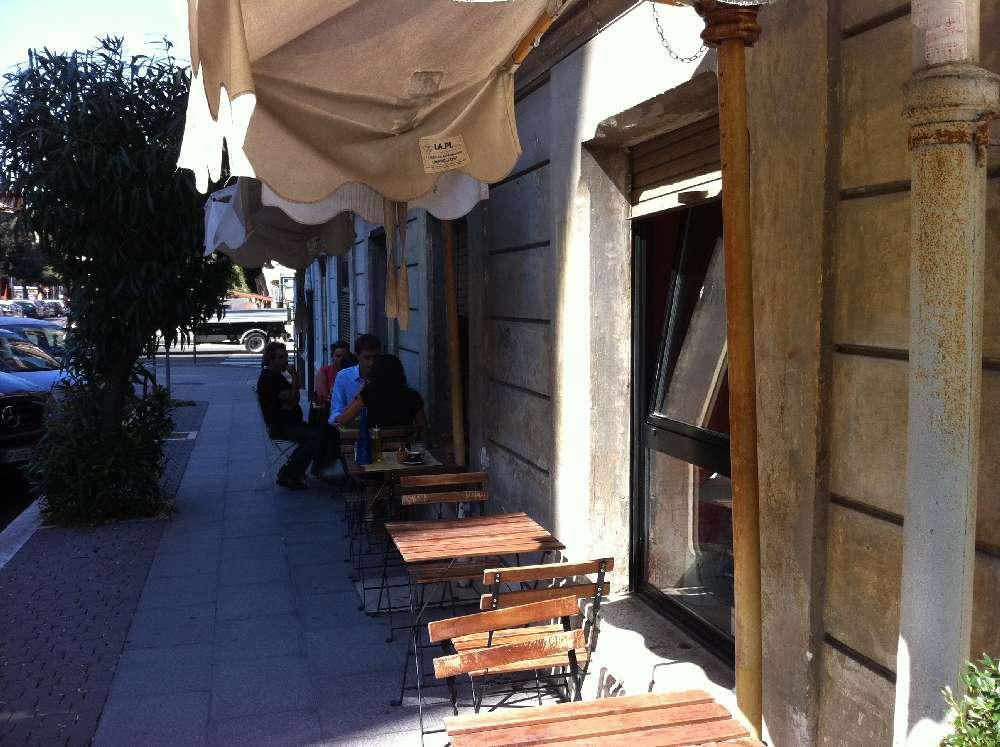 Flu caff parioli piazza verdi voto 7 for Uffici parioli